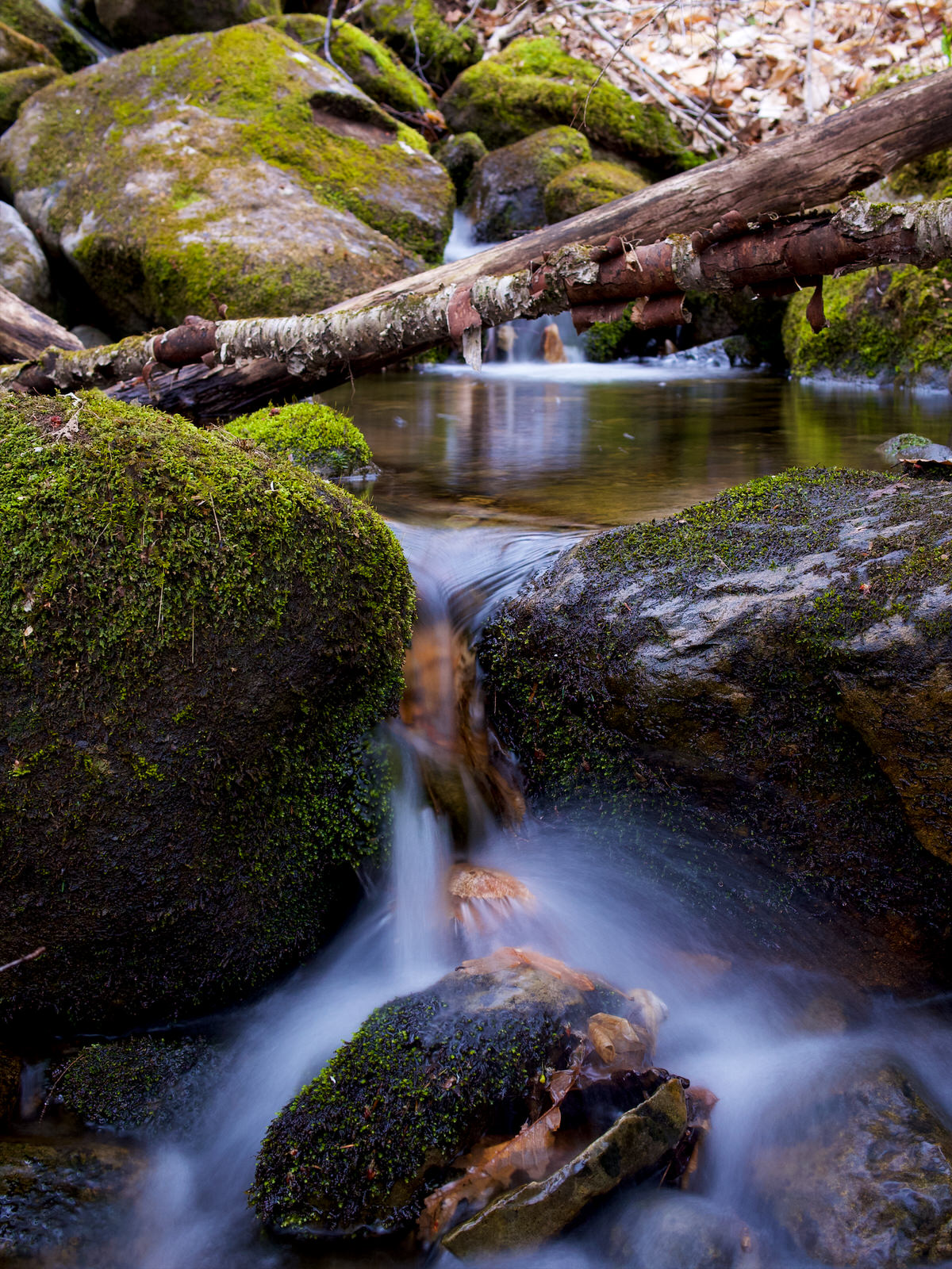 Pause longue sur une cascade (2)